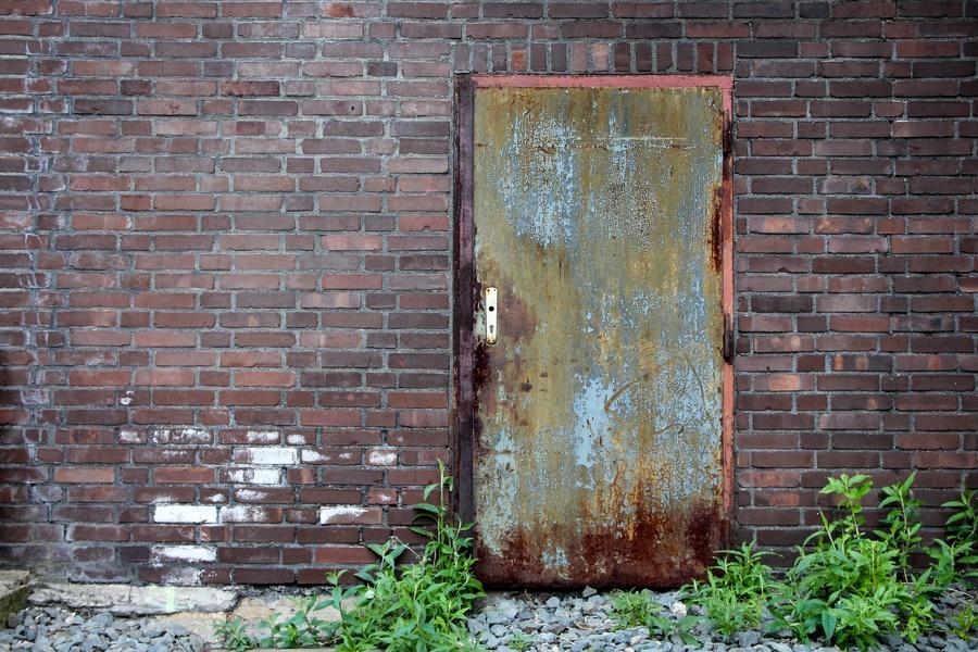 Auf Zeche Zollverein - Rostige Tür