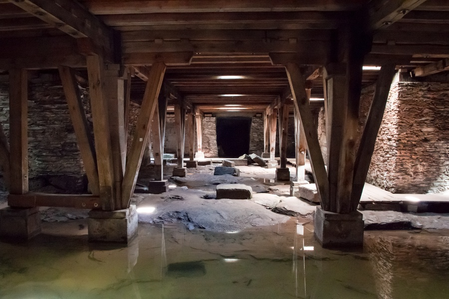 Katakomben im Amphitheater Trier
