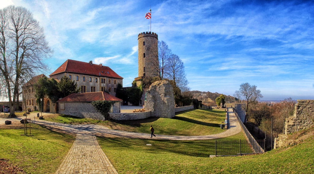 IMG_1023-1026_SparrenburgBielefeldPanorama2_DigiArt